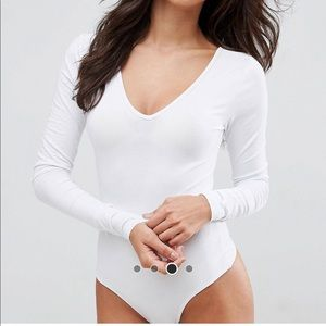 ASOS white v-neck bodysuit, size US 8